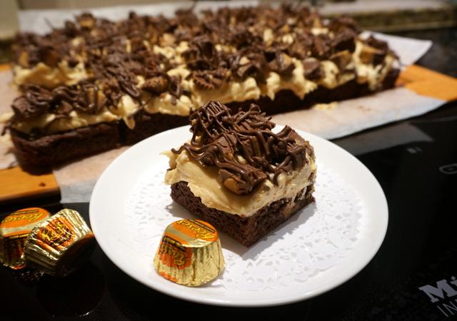 Hershey's Peanut Butter Cup Fudge Brownies
