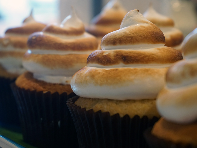 pipe onto cupcakes