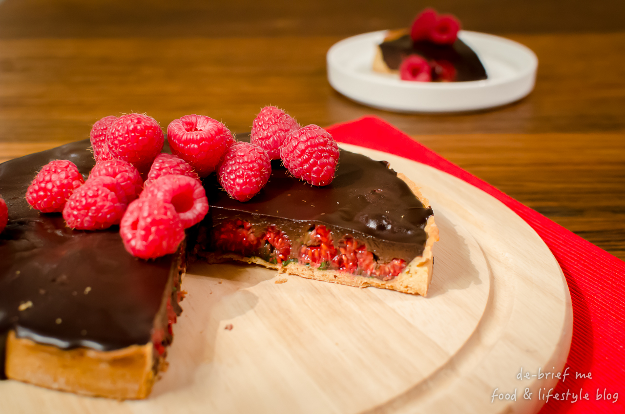 nichel roux chocolate & raspberry tart 1280-45